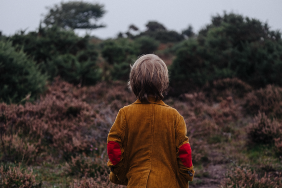 5 Tips to Help a Child Overcome Fear of Nature