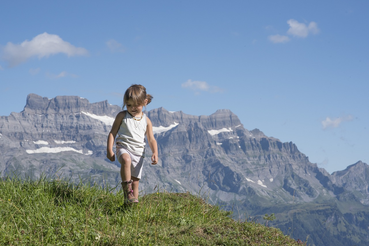 Inspiring Little Wild Ones: 7 ways to encourage kids to connect with nature